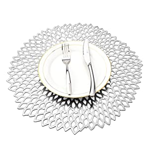 MLADEN Hollowed-Out Round Placemats,Heat Insulation Pad Washable PVC Table Mats,Non-Slip Place mats Table Decoration Set of 4 (Silver)