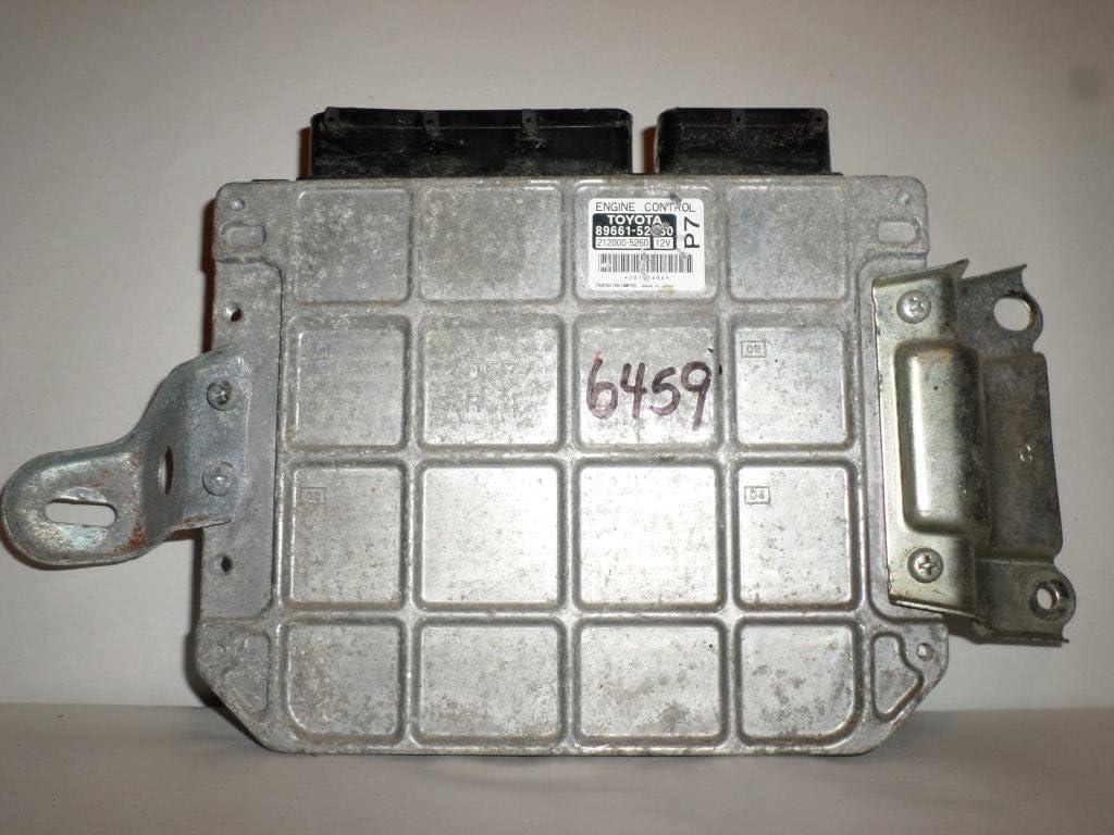 2010 Toyota Yaris ecu ecm computer 89661-52L50