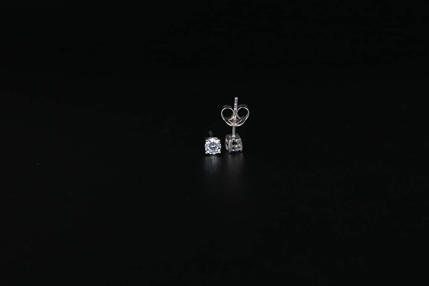 D//VVS1 Round Cut Diamond Fancy Party Wear Solitaire Stud Earrings 14K White Gold Over .925 Sterling Silver For Womens /& Girls 3MM TO 10MM