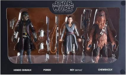 Amazon Com Hasbro Disneyland Star Wars Galaxy S Edge Black Series Smugglers Run 6 Figure 4 Pack Theme Park Exclusive Toys Games