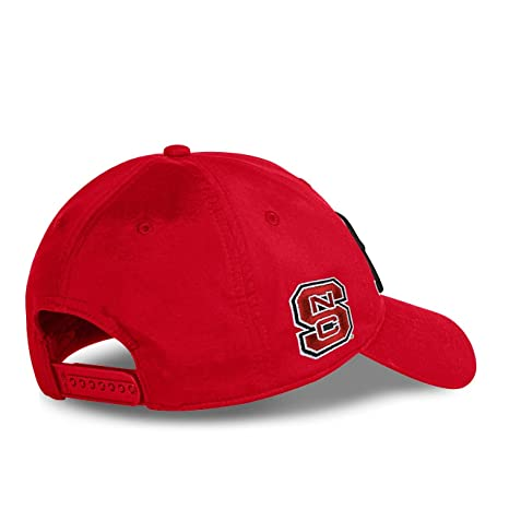 new styles ced91 a1732 ... purchase amazon titleist 2017 collegiate tour performance adjustable hat  cap north carolina state clothing 35d66 0d7f1