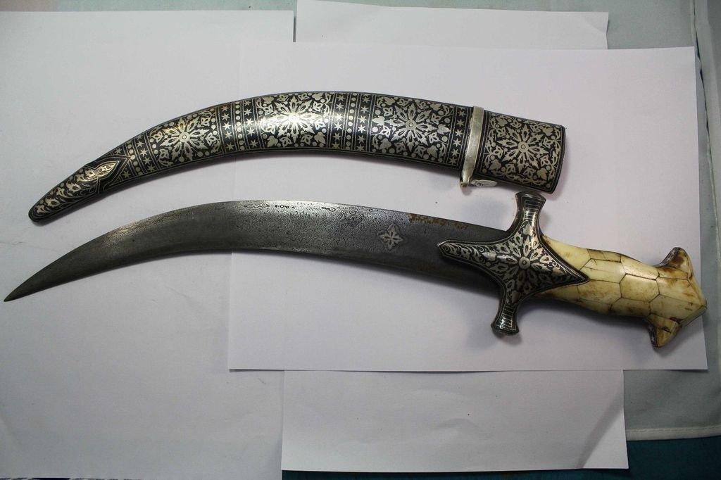Rajasthan Gems Mughal DAGGER SILVER kuftgiri hand work DAMASCUS blade Camel bone handle 17.9''