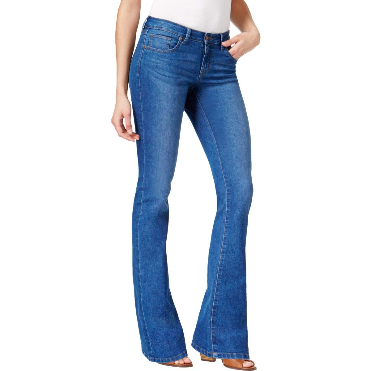 8 Short Style /& Co Curvy-Fit Bootcut Jeans in Capside Wash