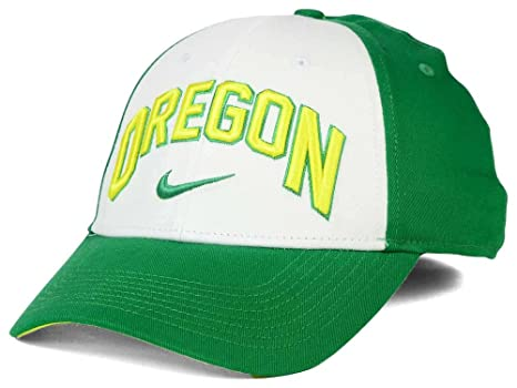 timeless design 1f96b 9e664 Image Unavailable. Image not available for. Color  Nike Oregon Ducks NCAA  L91 Verbiage Swoosh Hat