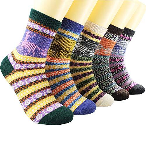 Womens Wool Socks Fuzzy Thick Thermal Winter Warm Cute Crew Socks 5 Pair Reindeer for Christmas
