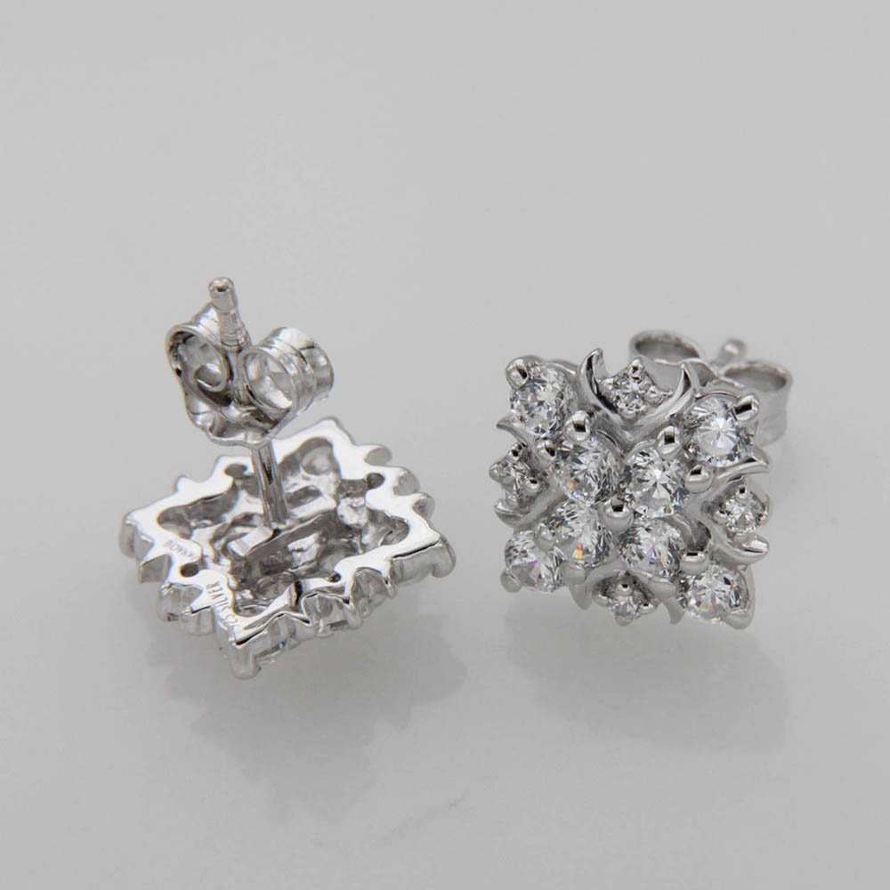 1.40 TCW Round Cut Simulated Diamond Cluster Stud Earrings 925 Sterling Silver