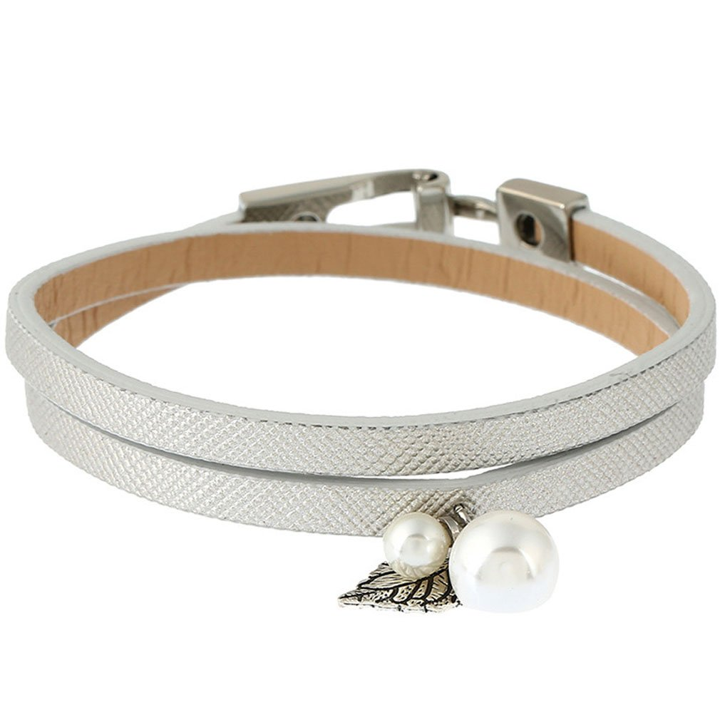 QiXuan Women Freshwater Cultured Pearl Silver Leather Rope Plated Gold Bracelet.