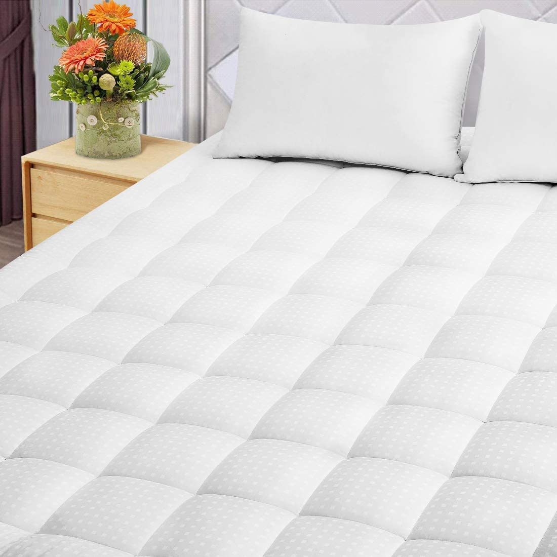 Starcast Mattress Topper Queen - Cooling Mattress Pad Cover - 300 TC Cotton Bed Topper- Deep Pocket Down Alternative Quilted Mattress Pads(1 Inch,Queen)