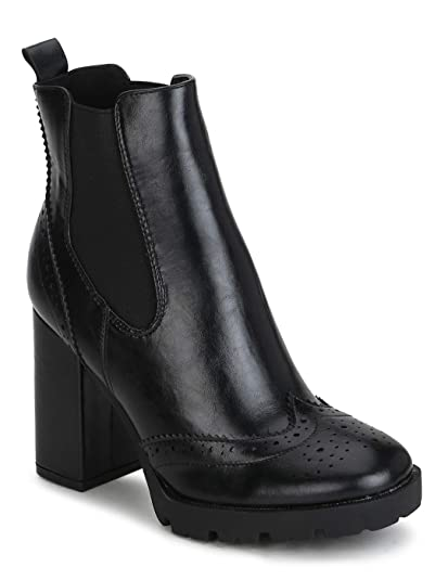 556d71b0d4a2 TRUFFLE COLLECTION Black Hi-Shine Chunky Block Heel Ankle Length Boots  Buy  Online at Low Prices in India - Amazon.in