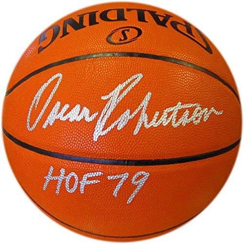 oscar-robertson-hall-of-fame-79-autographed-basketball-psa-dna-hybrid-basketball