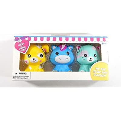 Bulls i Toy Squish 'Ums Pet Boutique Adoption Kit 3-Figure Box Set Random Colors: Toys & Games