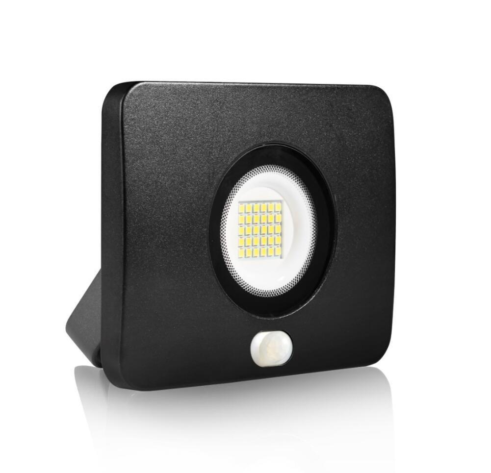 20W LED Flood Light with Motion Sensor, Outdoor Security Floodlight, 2000 Lumens, IP65 Waterproof, US-3 Plug, Daylight White
