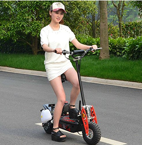 SCOOTER Electric 2-Stroke. Fuel capacity: 1.5 L. Max speed is 32 km/h. Manufacture recommendation from 17 years old and UP, but 13-year olds are wellcome to use it as well. (Offroad Gas Scooter)