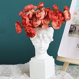 TOPYL Heads Planter Resin Figurine Head and Bust Sculpture Figurine Ornament Planter Vase Garden Home Decor,Small Head Statue Teenage Girls+10 Red Flowers 6.7x18.5cm(3x7inch)
