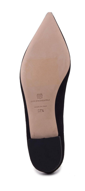 b42cd9b19 Amazon.com: Bruno Magli Adele Flat: Shoes