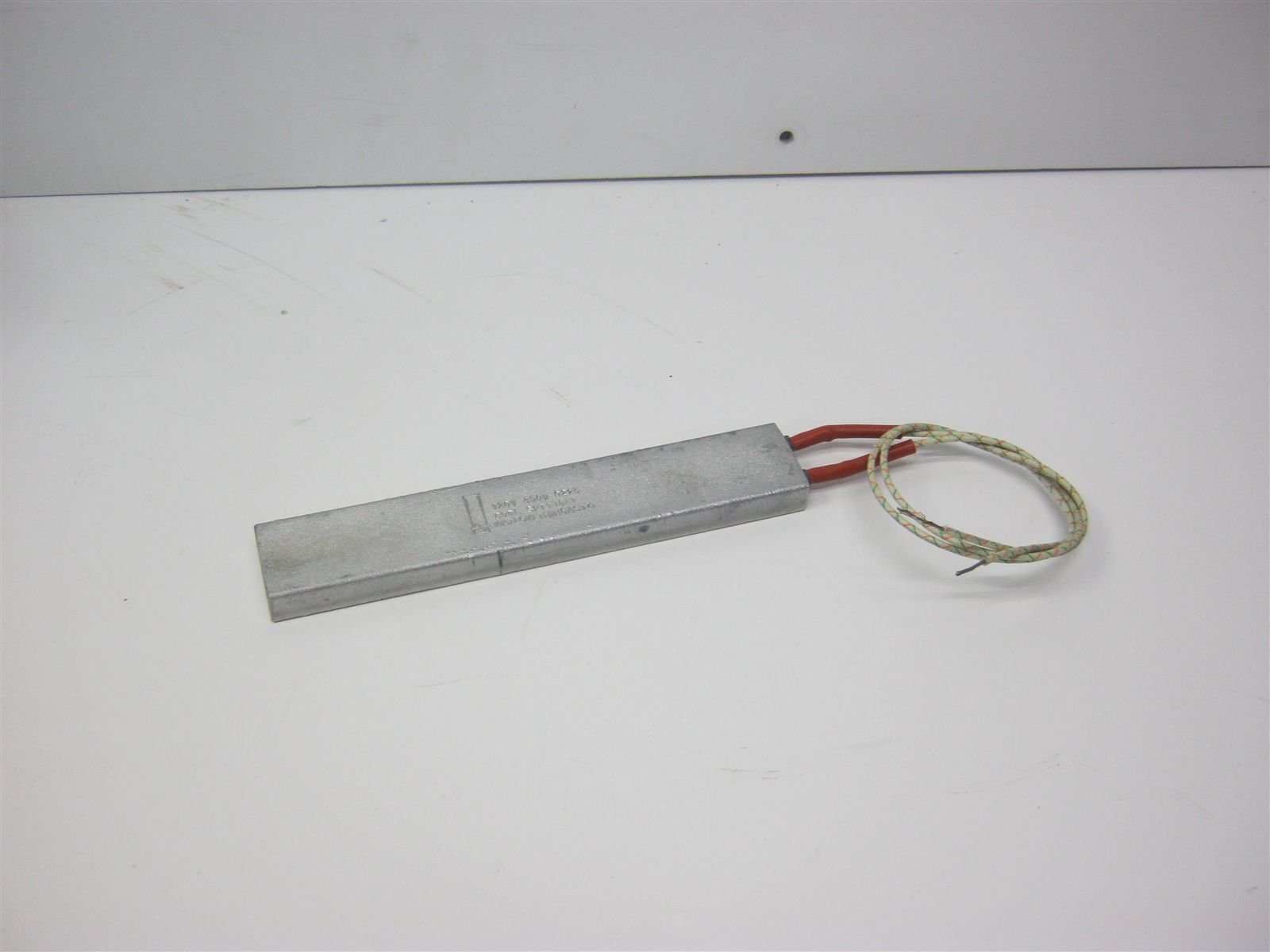 Watlow SPT1J8A1 ThinCast Aluminum Heater 120V 450W 8'' x 1.5'' x 0.5''