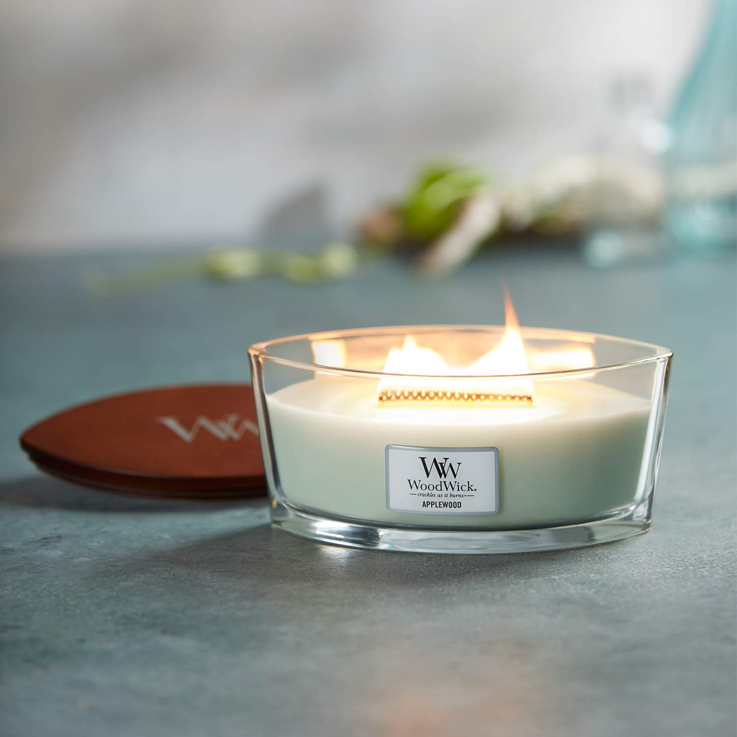 Woodwick Eclipse Island Coconut Crackle Candle