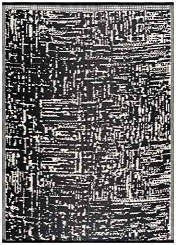 Lightweight Indoor Outdoor Reversible Plastic Area Rug - 5.9 x 8.9 Feet - Ohio- Black/White