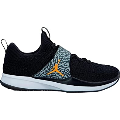 e71de375d02b Jordan Men s s Trainer 2 Flyknit Fitness Shoes  Amazon.co.uk  Shoes ...
