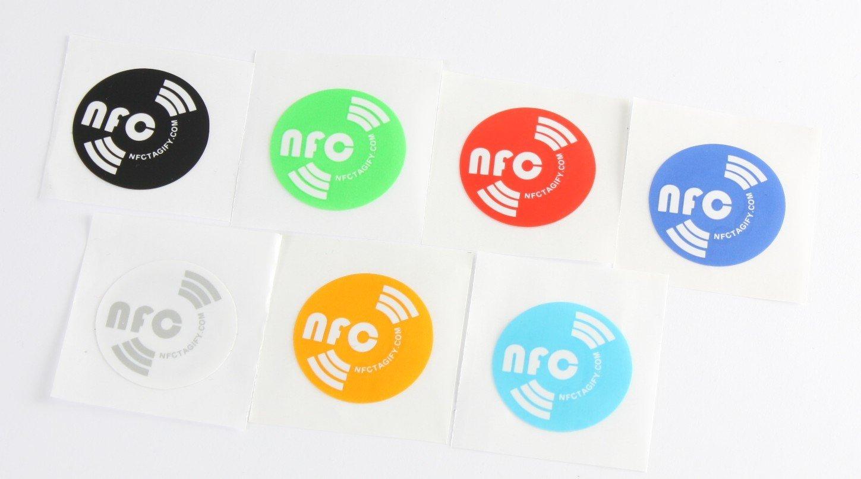 14 X NFC Tags | NXP Chip NTAG213 | memoria de 144 bytes | 7 colores | Etiquetas redondas y autoadhesivas transparentes | alta potencia de escaneo | diseño ...