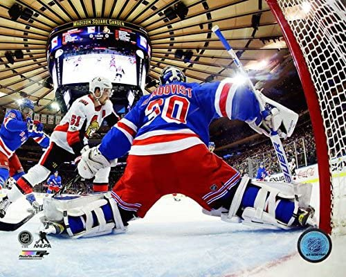 Amazon Com Henrik Lundqvist New York Rangers Classic Action Photo