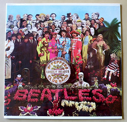 Sgt Pepper's Lonely Hearts Club Band (Sgt Peppers Lonely Hearts Club Band Super Deluxe)