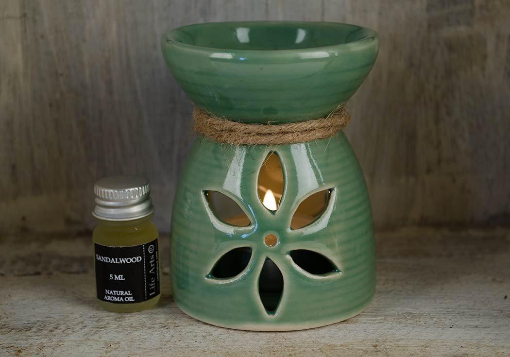 Lirio Quemador de Aceite Madera de Sándalo Conjunto de Regalo Oliva (9cm x 7cm x 7cm): Amazon.es: Hogar