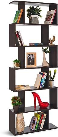 ESTILO: esta original librería con estantes asimétricos es la opción perfecta para colocar tanto en