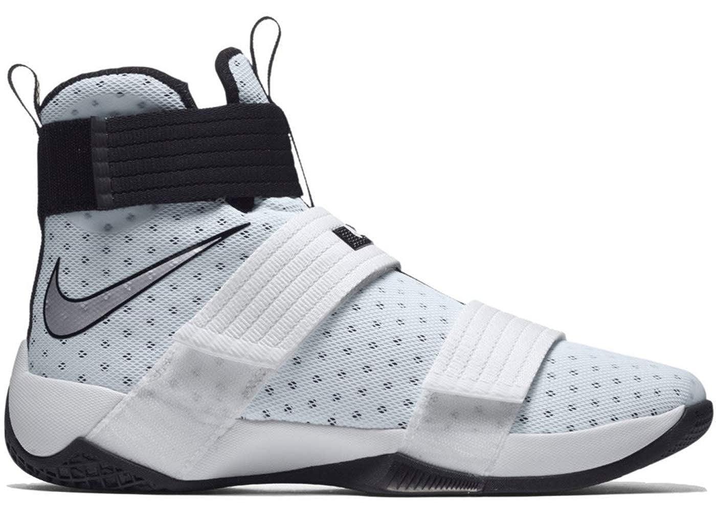 Casting sweaty sneakers 3 i