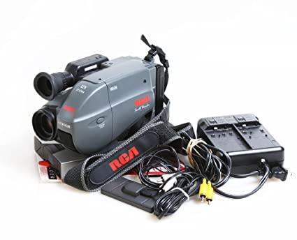 amazon com rca small wonder vhs c camcorder cc600 w battery rh amazon com Full Size VHS Camcorder RCA 437 Old RCA Camcorders