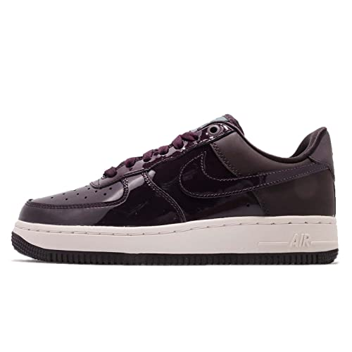 NEW IN: Nike Air Force 1 07 Se W
