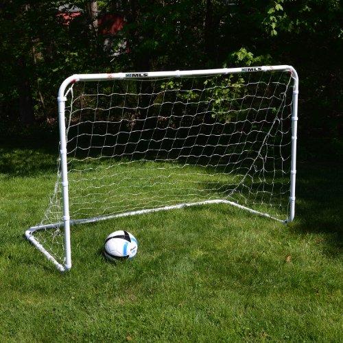 Amazon.com   Franklin Sports Tournament Steel Soccer Goal - 6 x 4 Foot    Sports   Outdoors 5f936967f