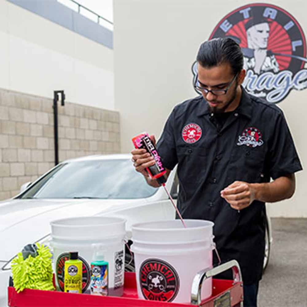 Chemical Guys HOL129 Best Two Bucket Wash and Dry Kit (11 Items), 16. Fluid_Ounces, Pack by Chemical Guys (Image #5)