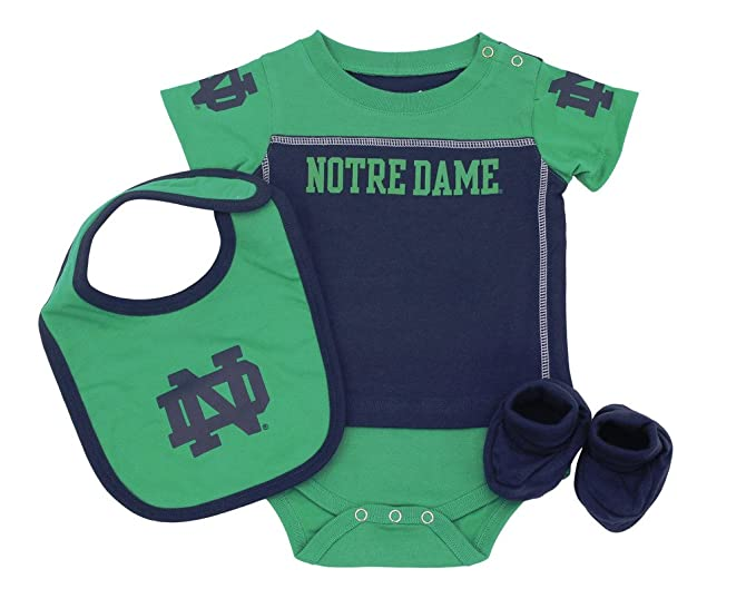 4a43ca150 Amazon.com: Outerstuff Baby NCAA Notre Dame Fighting Irish 3 Piece Creeper  Set Booties Bib: Clothing