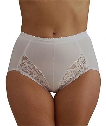 5bb393636c2d Beauforme Ladies Light Control Briefs Pants Knickers White Black sm med  Large XL 2XL 3XL: Amazon.co.uk: Clothing