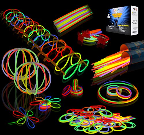 Joyin Toy 200 8'' Glowsticks Glow Stick Bracelets Glow Necklaces Party Favors Pack (7 Colors Total 456 - Supplies Party