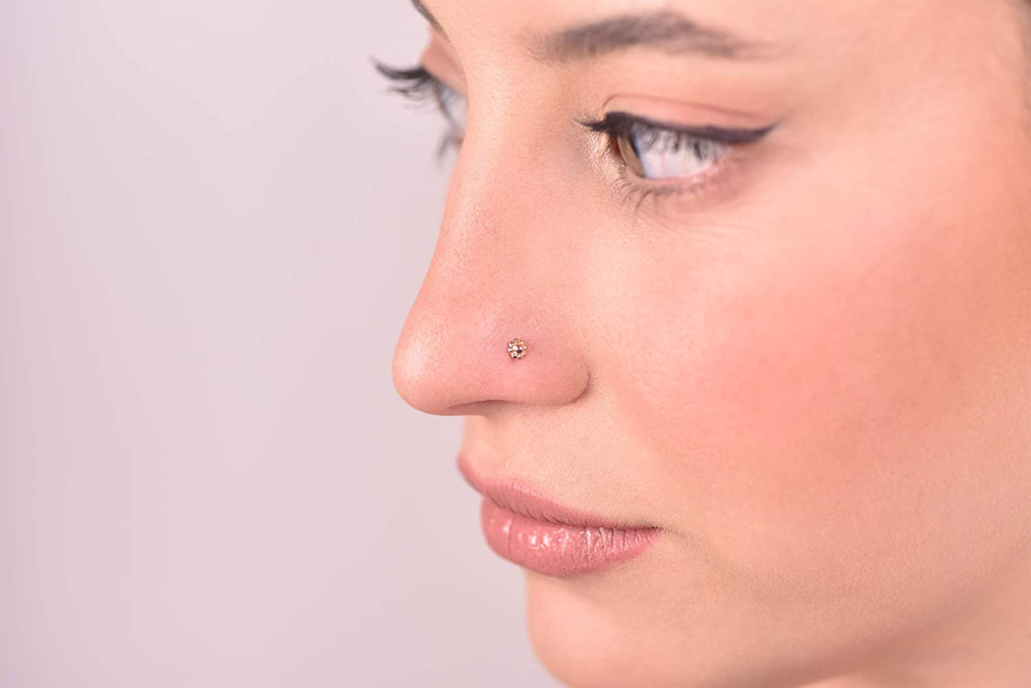 Cartilage Unique Nose Ring Stud Helix Indian Style 20 Gauge Earring Handmade 14k Solid Gold Tiny Flower Nose Screw Piercing Jewelry Tragus