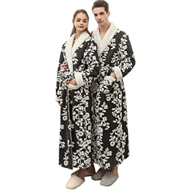 2b1053b506 Amazon.com  Clearance Men Women Winter Lengthened Coralline Plush Shawl  Bathrobe Flower Fleece Kimono Full Robe Coat Thicken Sleepwear  Clothing