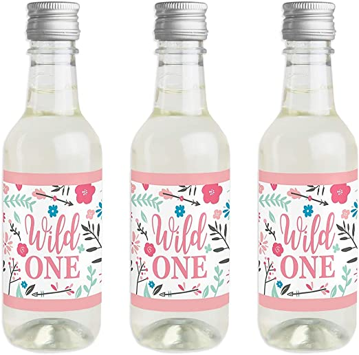Amazon.com: Shes a Wild One – Mini pegatinas para botellas ...