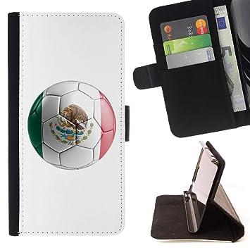 STPlus Bandera y balón mexicanos del equipo de fútbol de ...