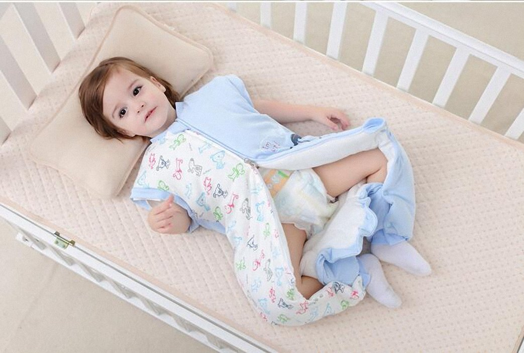 f7f49b5b1c0 Bebé Saco de dormir con mangas largas con patas Pijama de invierno de baumwollen  Niño y ...