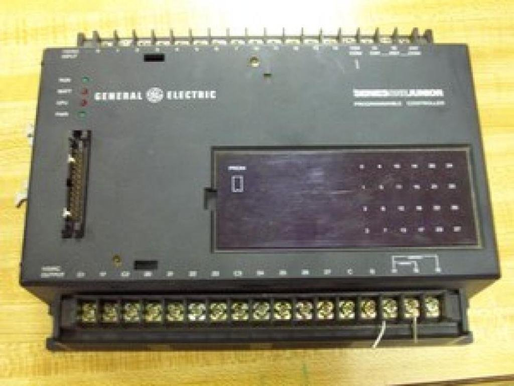 General Electric IC609SJR100B Programmable Controller