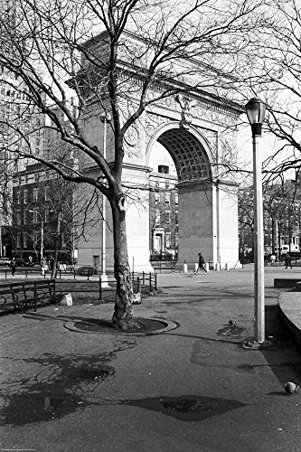 (Arc de Triomphe in Washington Square Park by Christopher Bliss Art Print, 20 x 30)