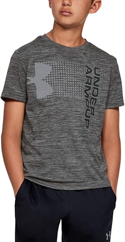 Under Armour boys Crossfade T-Shirt: Clothing