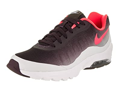 size 40 c487f 9c57d Nike Men s Air Max Invigor Print Running Shoe, Port Wine Solar red Pure