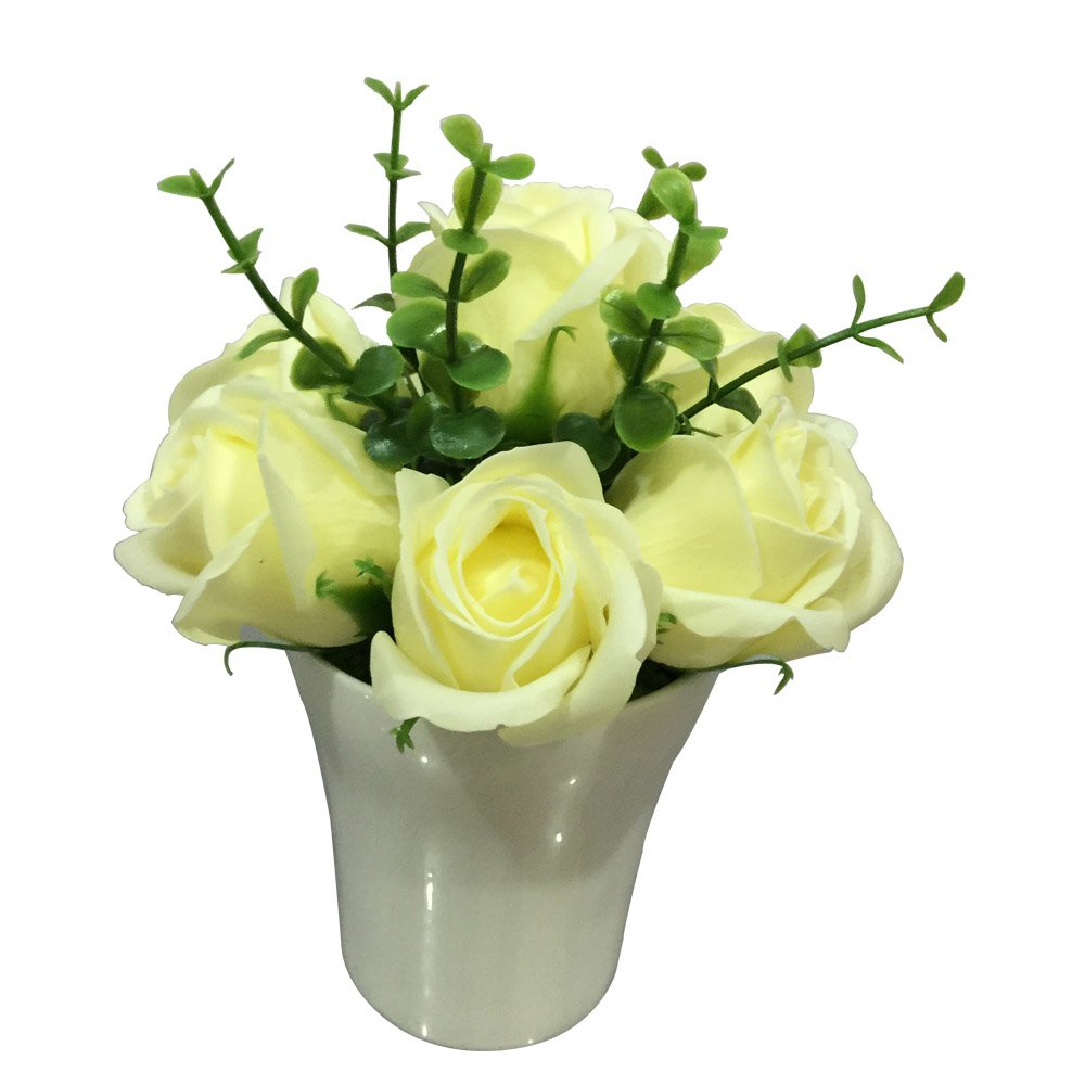 Sapone del Fiore Yellow Roses in Porcelain Pot 7 blooms 12 count box by Restaurantware