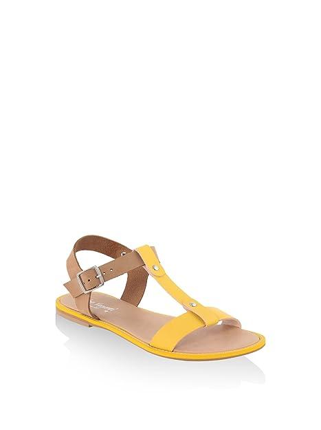 ea54f2a666d MINEVAGANTI Sandalias Planas Amarillo Camel EU 38  Amazon.es  Zapatos y  complementos