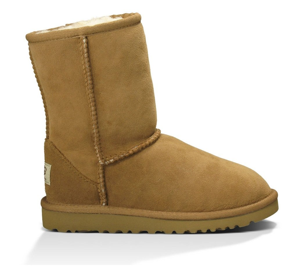 UGG Australia Children's Classic Big Kids Shearling Boots,Chestnut,US 5 Child US
