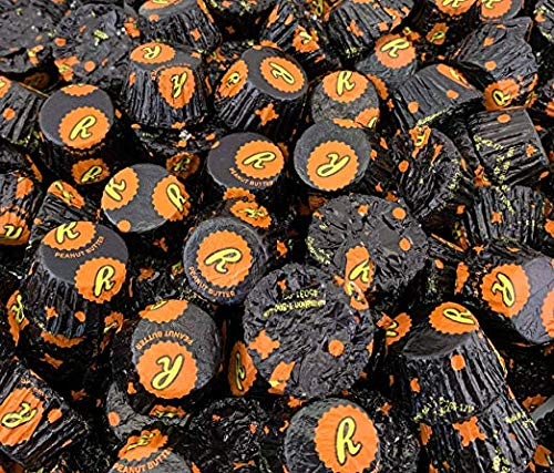 REESE'S Peanut Butter Cup Dark Chocolate Easter Candy Miniatures Snack Size Bites - 4.25 lb -