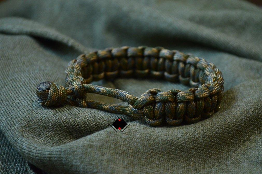 1ec78b5aabb5 Amazon.com   Venom Tom Hardy Eddie Brock Paracord Mad Max Survival Bracelet  - Handmade in USA - 8